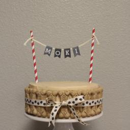 Moki's 7th birthday dog friendly cake!
