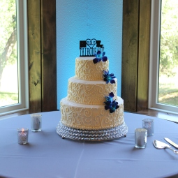 Simple scroll wedding cake for a beautiful couple!