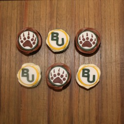 Celebratory cupcakes for an exceptional Baylor grad